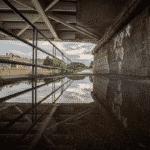 de warmste kalender 2020 - Onder de brug naar de barakken in Menen