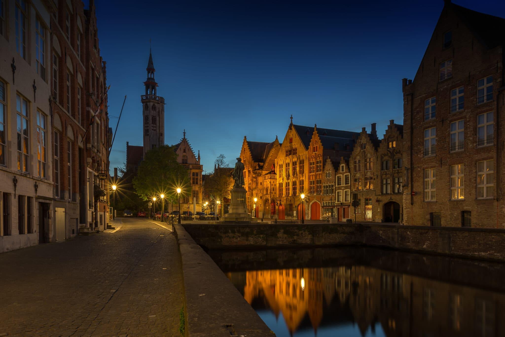 Cityscape - Bruges by Night - Jan van Eyckplein - Fotografie Krist