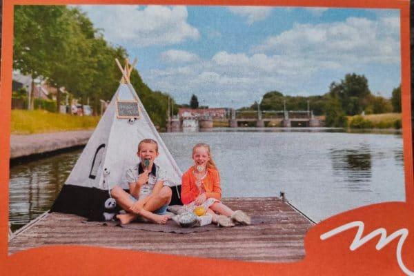 Postkaart Toerist in Menen