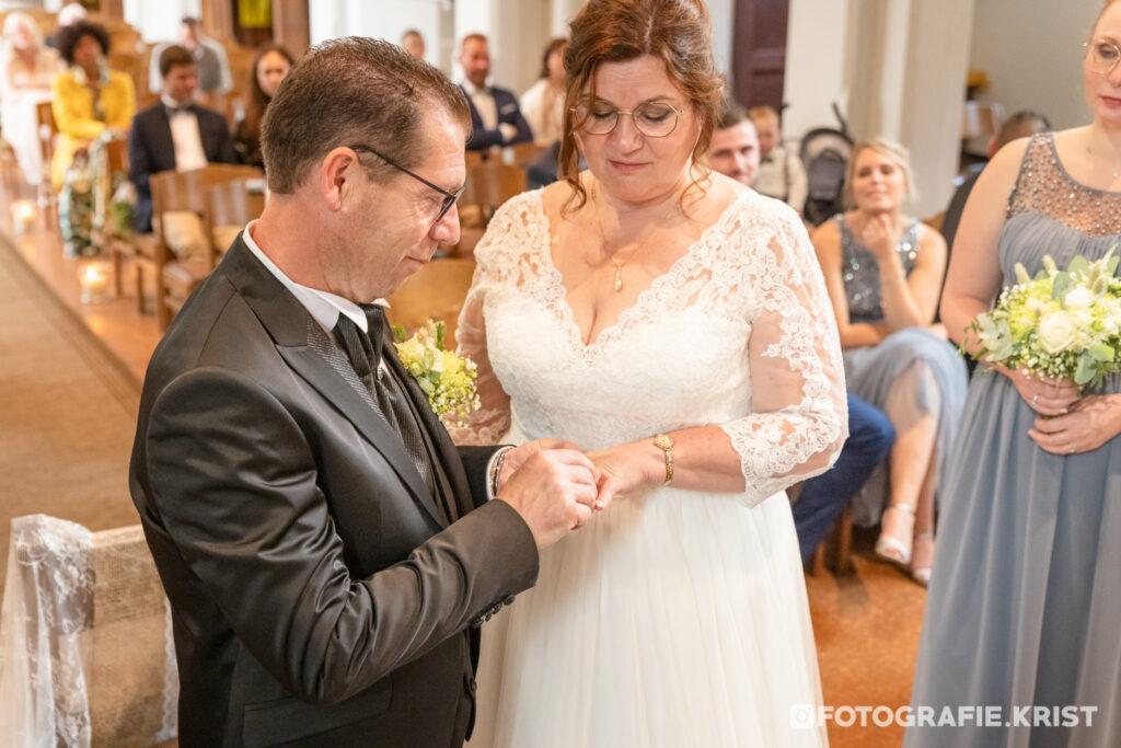 Huwelijk Katelyn & Mario - de Panne - Oblatenkapel